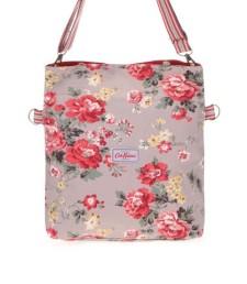 593abfa2c65 Světle hnědá oboustranná kabelka s květinami Cath Kidston